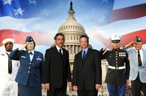 Memorial-Day-Parade-Sinise-Mantegna